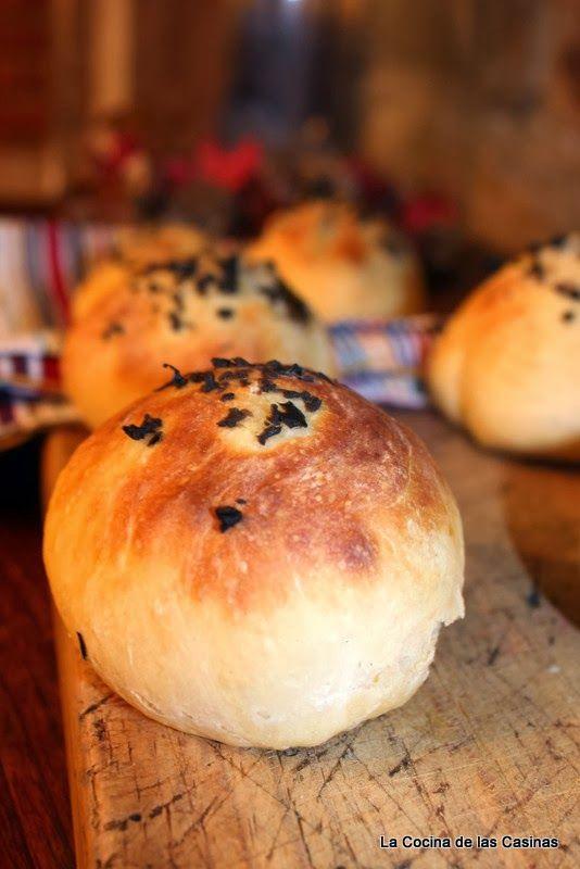 La Cocina de las Casinas: Pan de Hamburguesa con Aceitunas Negras