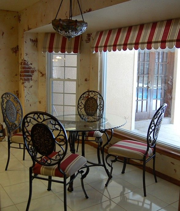 Kitchen Window Cafe Curtains: Best 25+ Kitchen Window Dressing Ideas On Pinterest