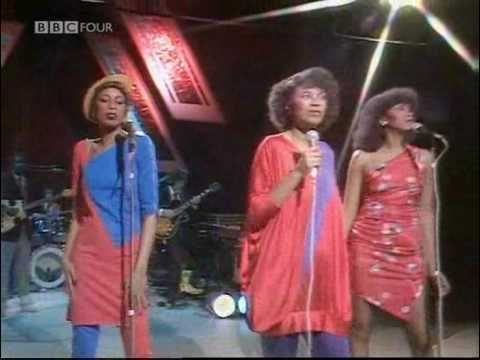 Pointer Sisters: Slow Hand - Live on BBC's Russell Harty 1981 - YouTube