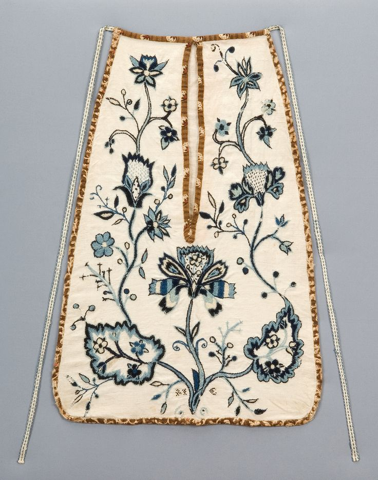 """Attributed to Matilda Cook  Embroidered """"M C""""  Hadley, Massachusetts  Late 18th century  Blue and white crewel (wool) embroidery; bleached linen ground, and printed cotton edging  Museum Collections Fund, 2008.4.9"""