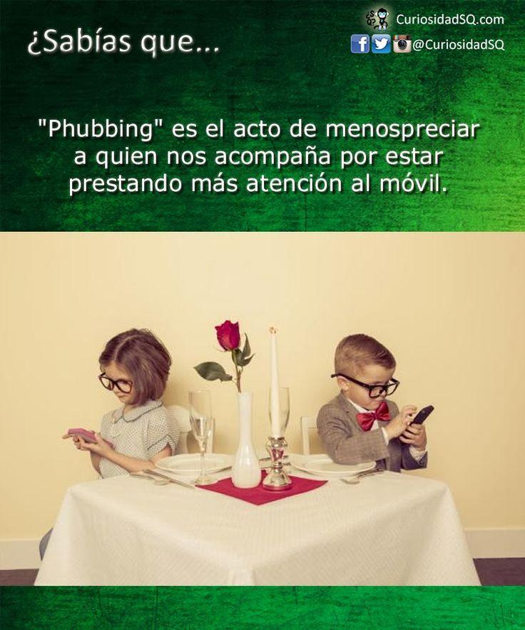 Phubbing: el acto de menospreciar a alguien por prestar más atención al teléfono ~ ¿Sabías que?