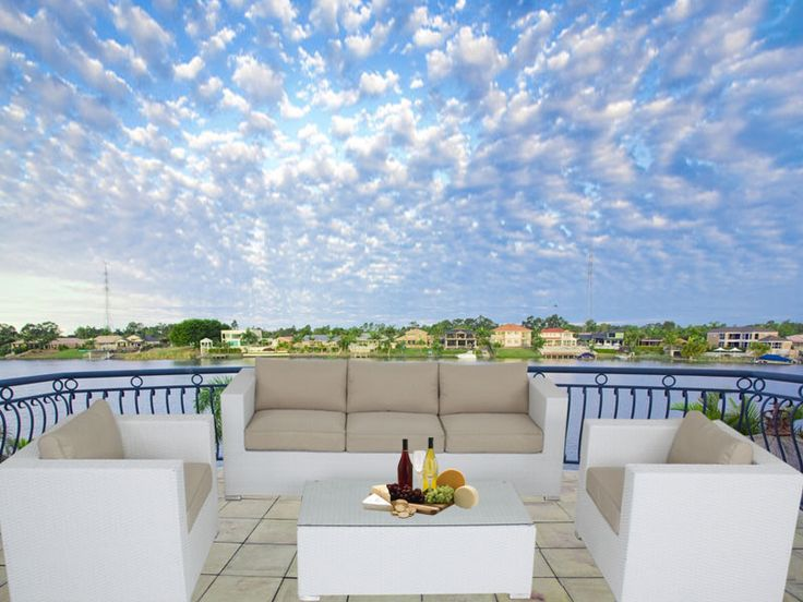 White Brighton Balcony Outdoor Lounge Suite