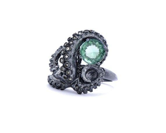Octopus ring - green