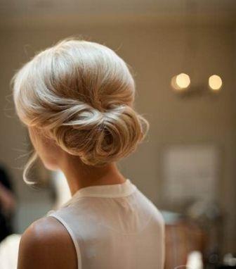 ensede abiye  topuz saç modeli 2014