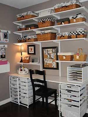 Sala de artesanato + cestas + organização = LOVE por Corrine