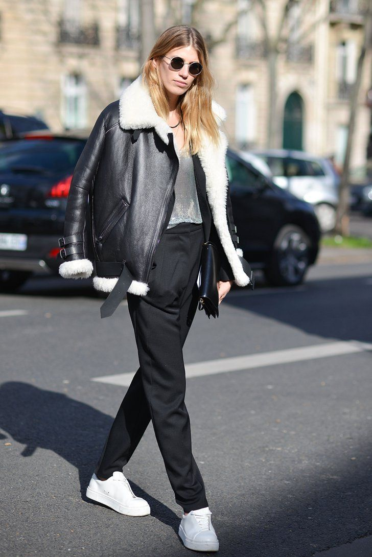 Pin for Later: Retour Sur les Meilleurs Looks Street Style de la Fashion Week de Paris Jour 3 Veronika Heilbrunner