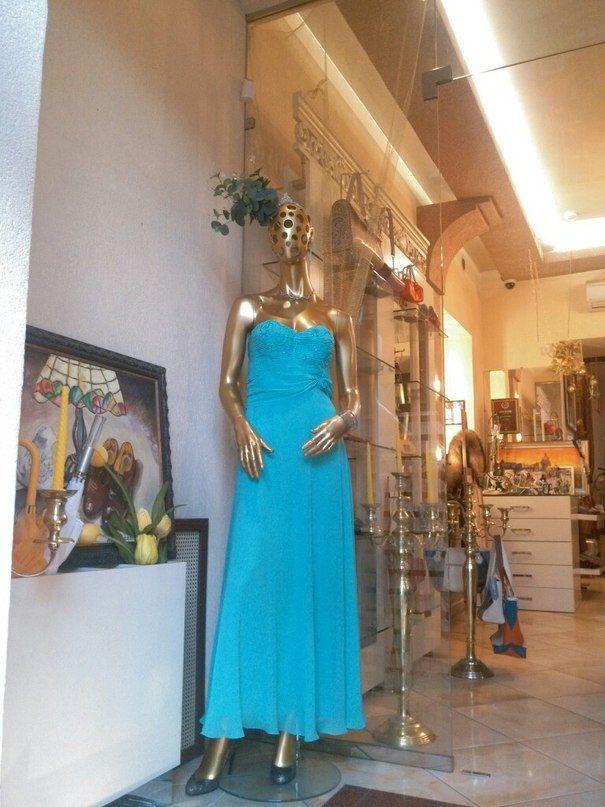 Шикарное,вечерние платье от Юлии Скрыпник!!  #SPb #Boutique #Mancini #fashion #стиль #покупки #порадуйсебя #shopping #приоденься  👑#ArtBoutiqueMancini ул. Фурштатская, д. 19. Режим работы: 11:00-22:00 ☎️ 8(812) 273 31 13