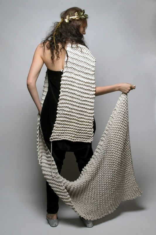 SIES!isabelle winter14 oversized scarf