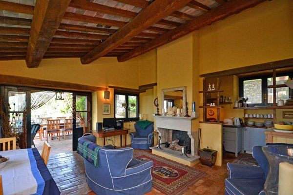 Tuscany property for sale in Maremma: restored farmhouse near Scansano