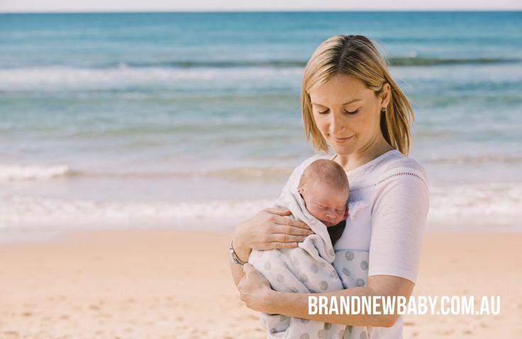 outdoor newborn photography, mum and newborn, baby photography at the beach, newborn photography at the beach