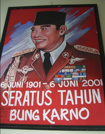 Sukarno. 2001.