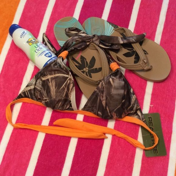 REALTREE Camo Bikini Top  Camo pattern top only REALTREE Swim Bikinis