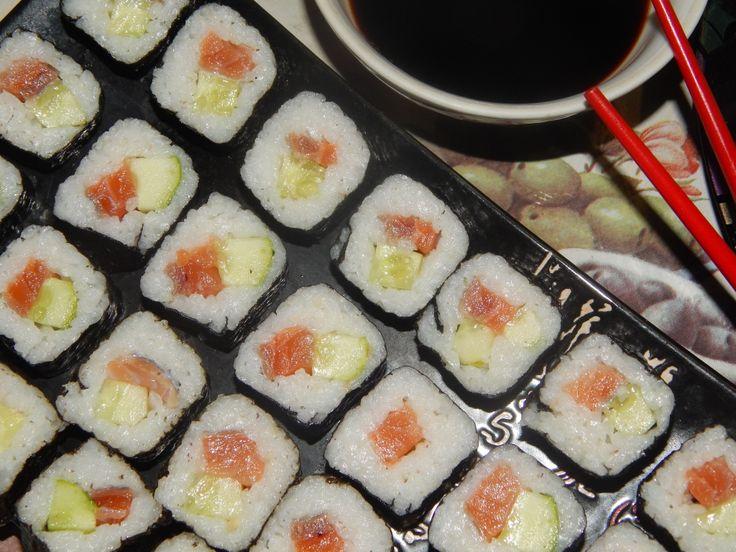 Суши и роллы — 21 рецепт с фотографиями. Как приготовить суши или роллы в домашних условиях? — рецепты с фото