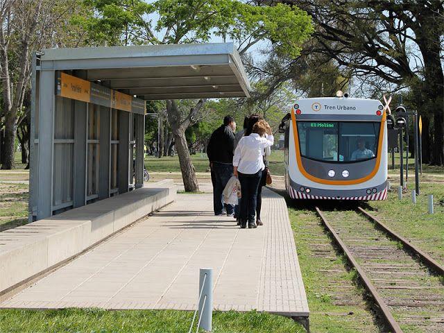 CRÓNICA FERROVIARIA: Santa Fe: Comienza a prestar servicio el Tren Urba...
