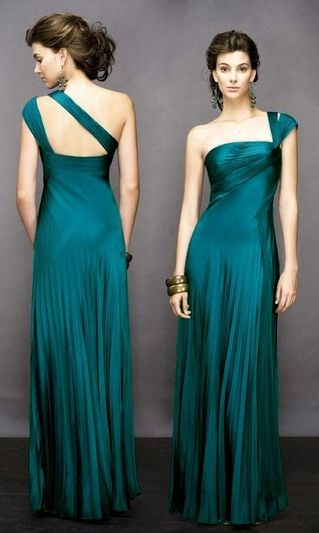 gowns   This beautiful Party Wear Pleated Evening Gowns features spaghetti ...