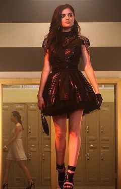 PLL - Aria Montgomery's Style- i loved her homecoming dress from season one
