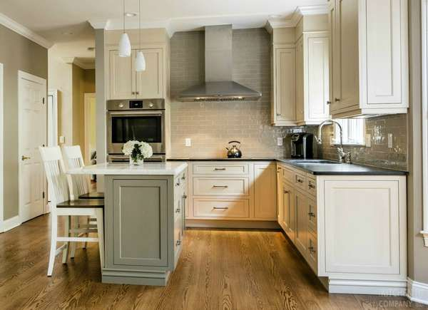 15 Small Kitchen Island Ideas That Inspire Small Kitchen Island Kitchen Renovation Kitchen Design
