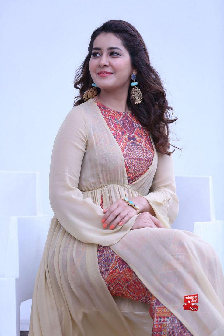 New Photos : Rashi Khanna