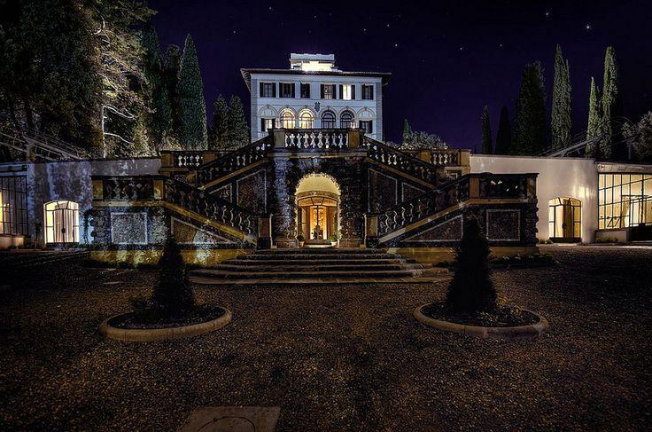 Il Salviatino Luxury Hotel, Florence, by night. | da Luxury Hotel Il Salviatino Florence