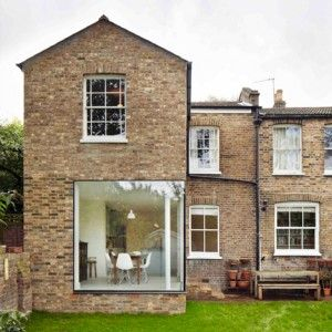 London+house+extension+by+Cousins+and+Cousins++has+a+window+wrapping+its+corner