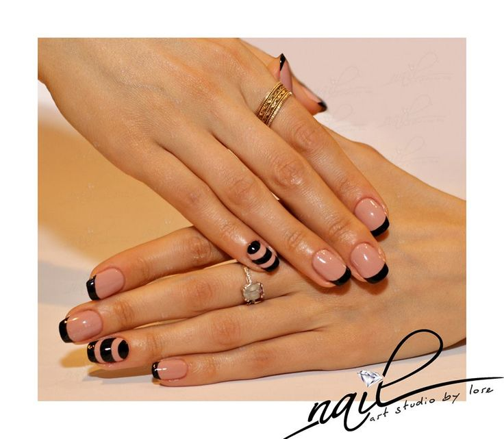 nails nail art trend nude black french