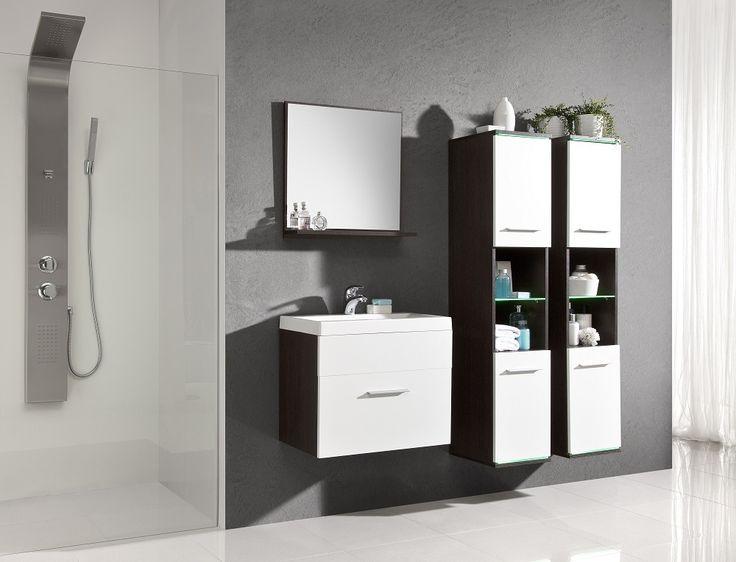 Deluxe badkamer uitgevoerd in de kleuren Wenge / hoogglans wit