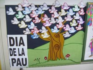 Mural dia de la pau. Peace
