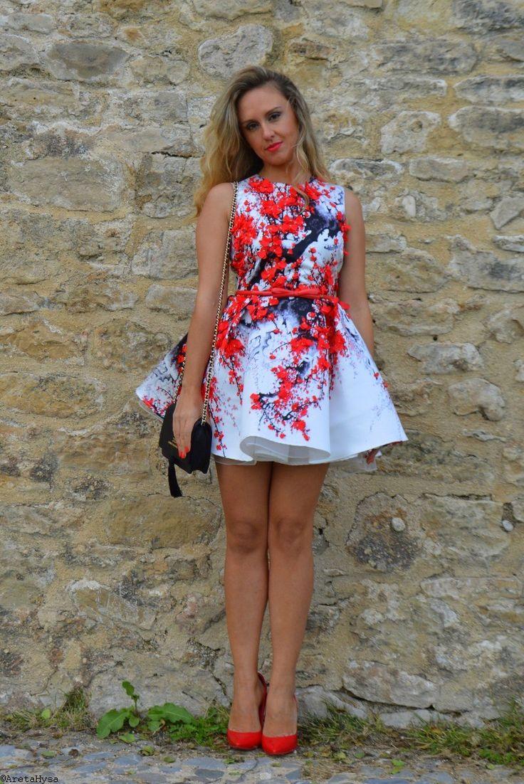 Elisabetta Franchi Floral White Dress Fall Winter 2015_16 on fashionmyloveitaly.com by Areta Hysa _ 015