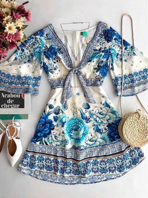 6630a1f804bd Vestido Laco Chita Azulejo Farm | I'm em 2019 | Roupas femininas ...