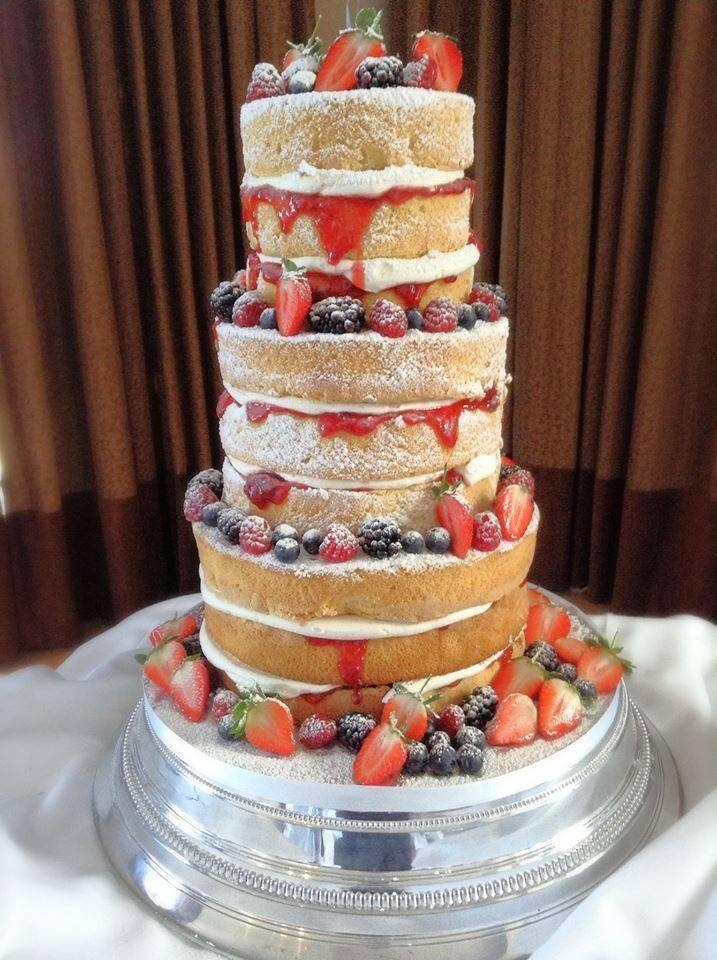 17 Best images about Non traditional wedding cakes on ...