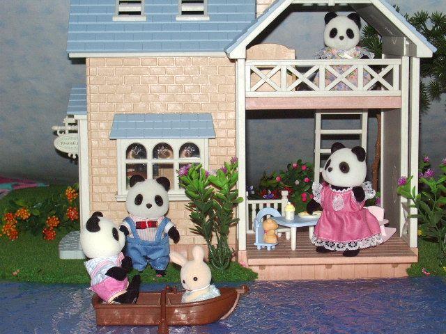 17 best images about sylvanian families on pinterest. Black Bedroom Furniture Sets. Home Design Ideas