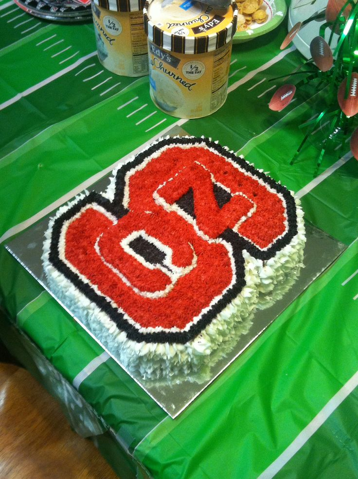 State Wolfpack Cakes With Edible Images