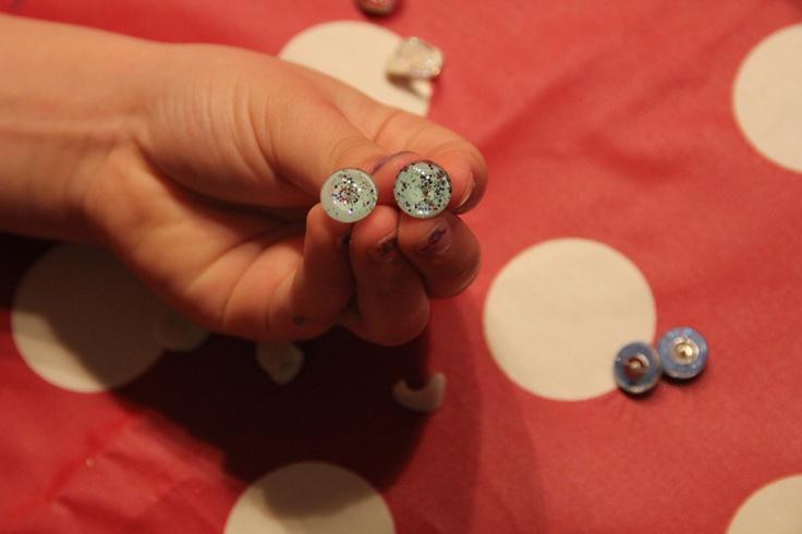 Lagehagen nr. 1: Neglelakk-smykker!