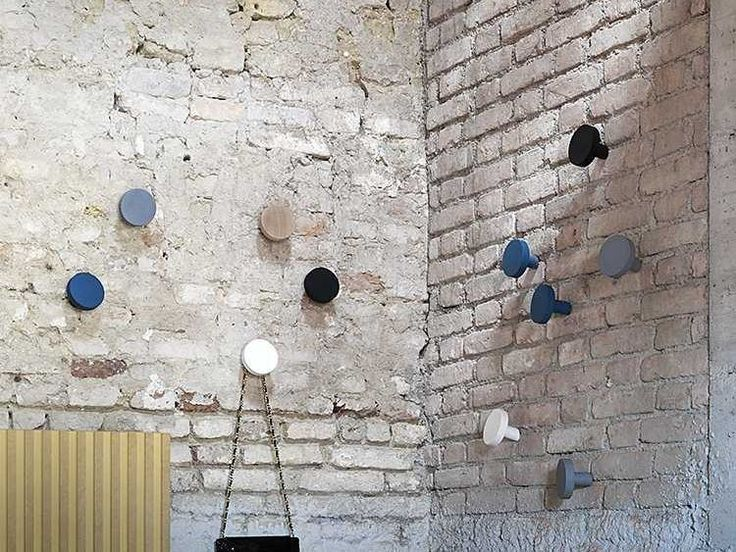 Gancho de parede CHIODO by Miniforms design Studio Zaven