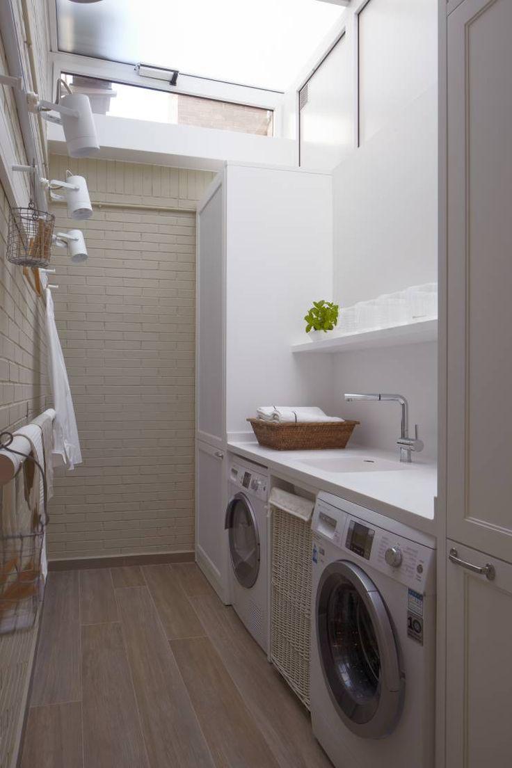 Lavadero: Cocinas de estilo ecléctico de DEULONDER arquitectura domestica