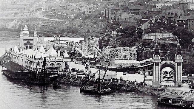 Luna Park, Sydney. 1935