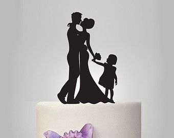 Family wedding cake topper for the couples with littles <3