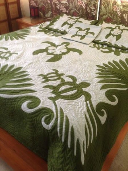 hawaiian style honu turtle king size quilt