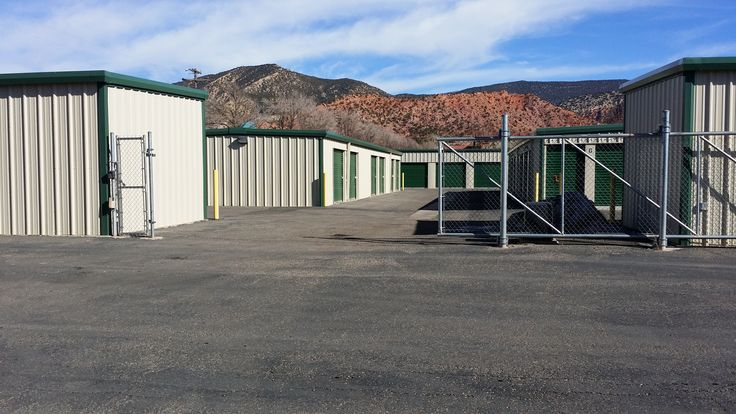 A great Central Cedar City commercial opportunity for 2017.  A fully operational and successful self-storage business. Occupancy has held steady at 70-75% with nearly zero effort. Owners simply don't have time to fill the additional units.  Click the link to find out more, including income projections - http://www.jaredzimmer.com/property/77106/  Owners are licensed Real Estate Brokers in the state of Utah.  #CedarCity #Utah #BusinessOpportunity #StorageBusiness