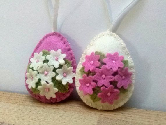 Felt easter decoration  pink and ivory eggs with door DusiCrafts
