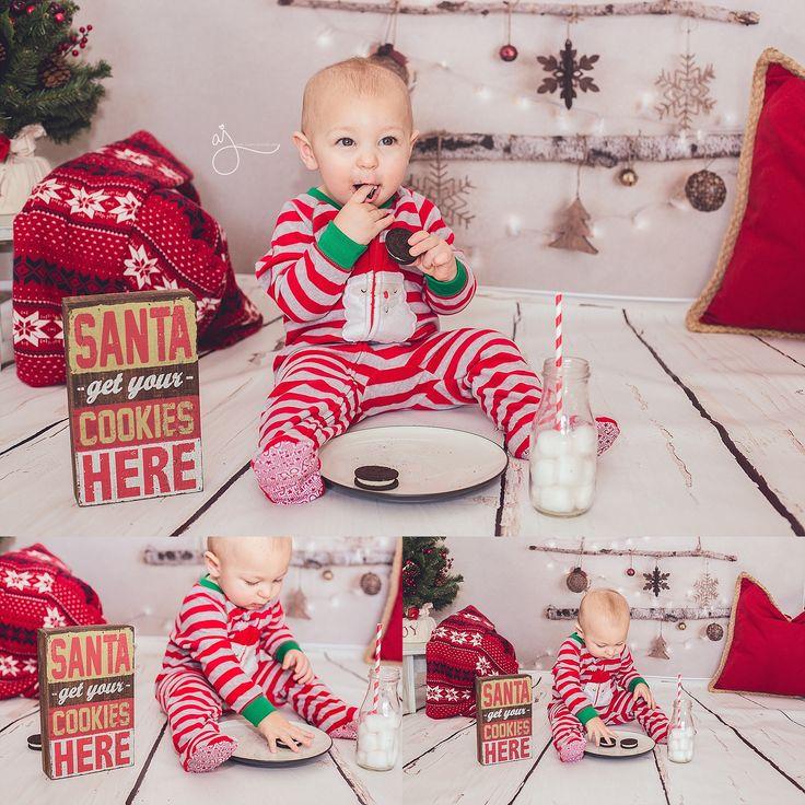 Christmas cookies indoor mini session pajamas photos Abby Jayne Photography