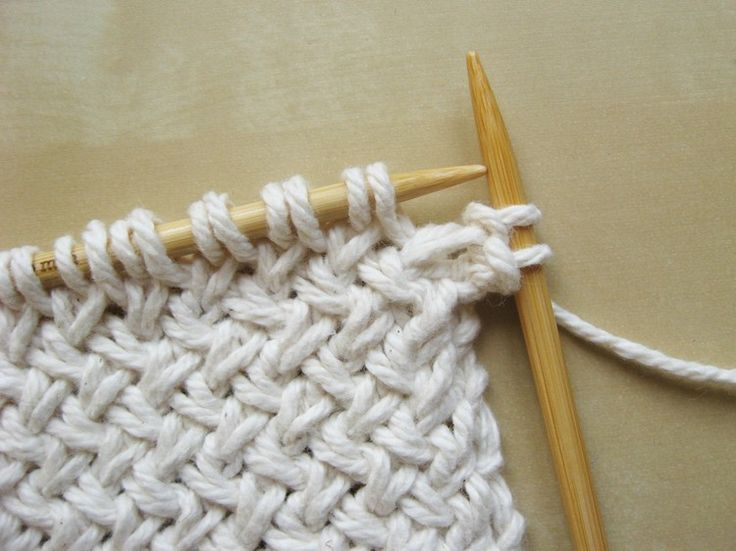 Diagonal Basketweave Knitting Pattern In The Round : Diagonal Basketweave Knitting Pattern Stickning, Garner och Monster
