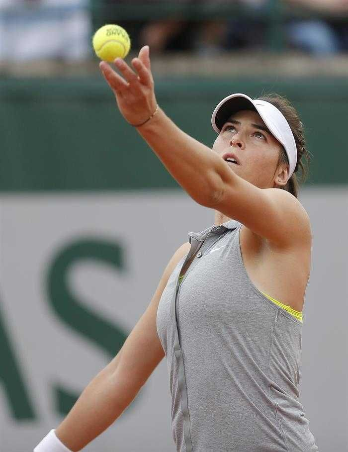 Ajla Tomljanovic of Croatia upsets 2010 French Open Champion