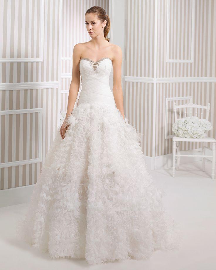8S199 LYS | Wedding Dresses | 2015 Collection | Luna Novias