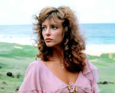 "Rachel Ward as Meggie in Ashes of Roses dress from ""The Thorn Birds"""