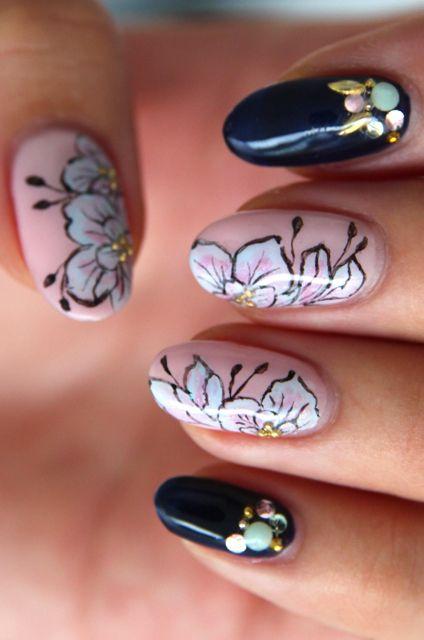 .: Cherries Blossoms, Floral Nails, Nails Art, Floral Design, Nails Design, Pale Pink, Black Nails, Black Flowers, Flowers Nails