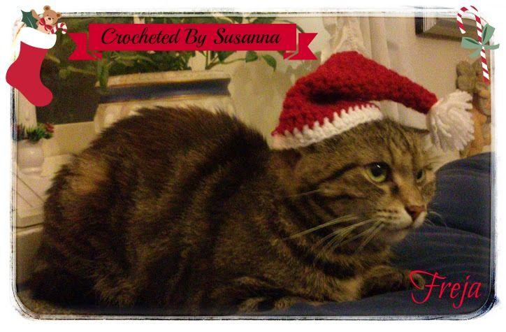 Crocheted Santa Hat for Cat - Virkad Tomtemössa till Katt ♥ Crocheted by Susanna