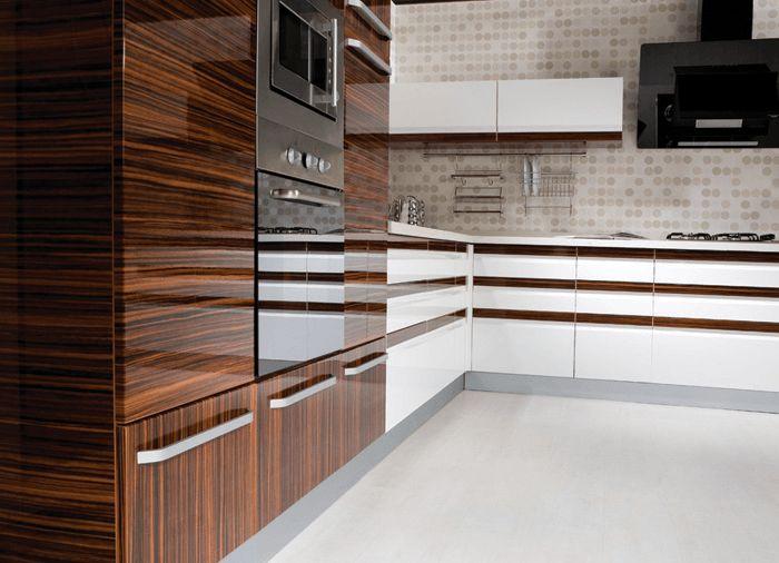 Top 25+ Best High Gloss Kitchen Doors Ideas On Pinterest | White Gloss  Kitchen, Gloss Kitchen And High Gloss Kitchen