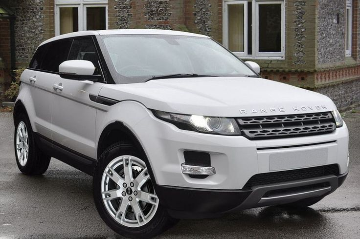 Range Rover Evoque 2.2 SD4 Pure TECH Fuji White (Solid) with Ebony Black Full Leather interior £29,990 http://www.duckworth.marketrasen.landrover.co.uk/Approved-Used-Vehicles/?utm_campaign=socialmedia&utm_medium=pinterest&utm_source=auvboard