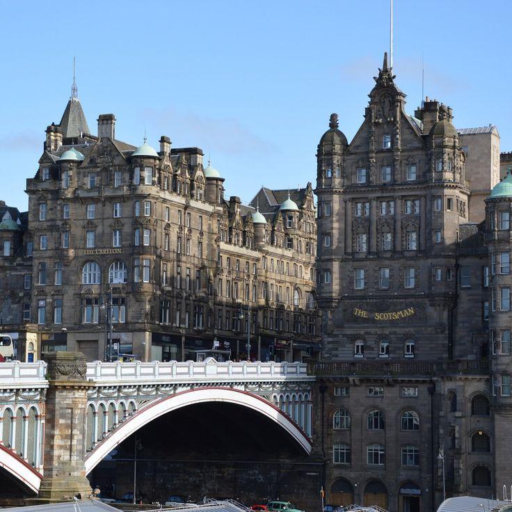 Edinburgh ist eine von Schottlands schönsten Städten, die Sie mit majestätischem Schloss und viktorianischer Architektur begeistern wird. Schottlands Hauptstadt Edinburgh steht wie kaum ein anderer…